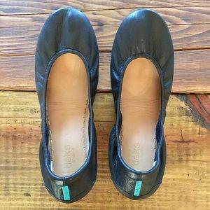 Black Tieks, Size 9